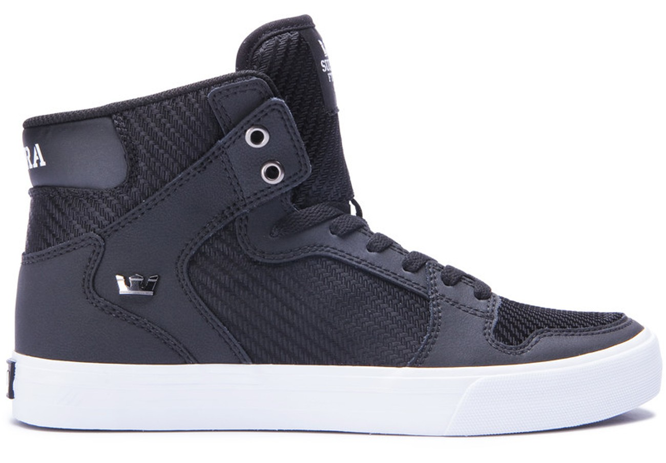 stores that sell supra shoes