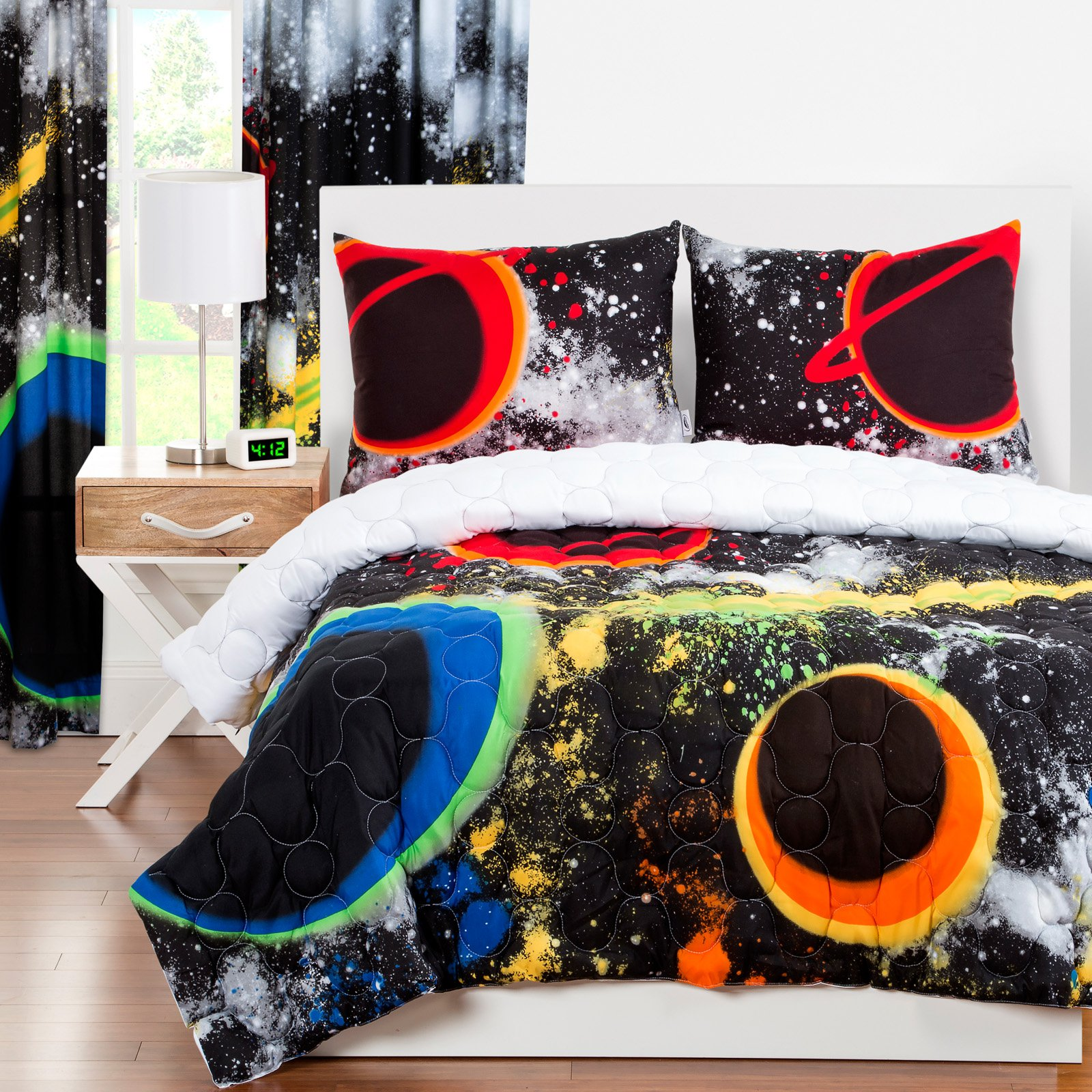 Crayola Out Of This World Twin Comforter Set