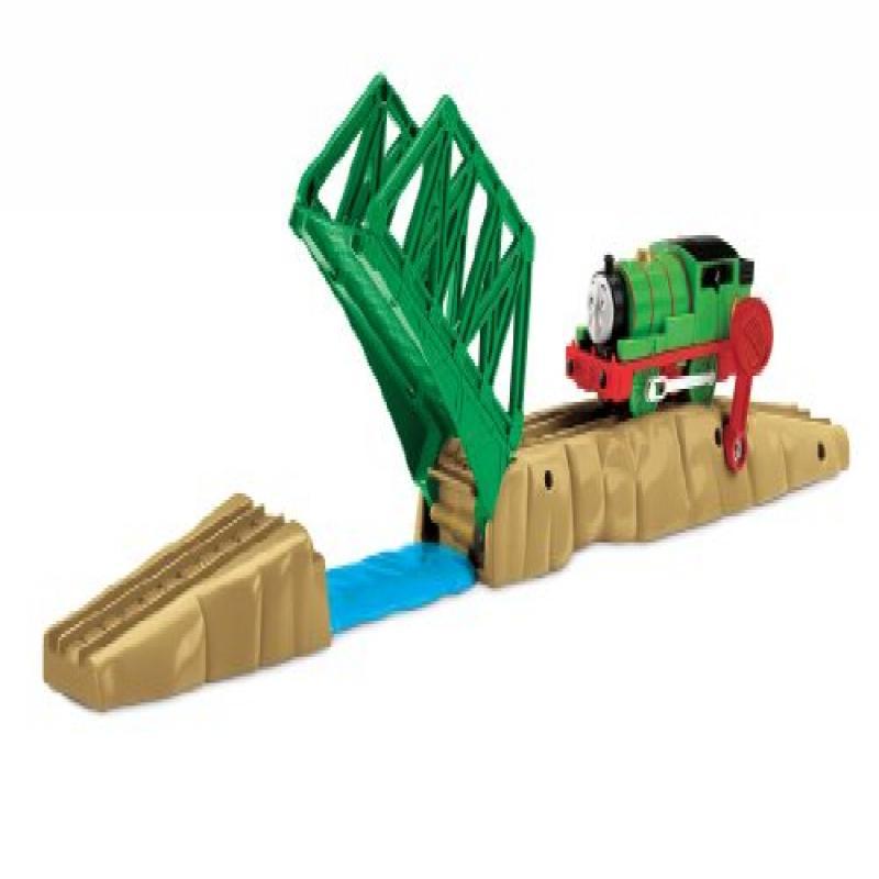 Thomas the Train: TrackMaster Raise & Lower Drawbridge Engine Powered Destination by Generic