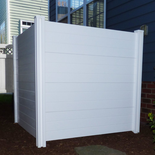 Zippity Outdoor Products Deluxe Premium No Dig Vinyl Privacy Screen Enclosure