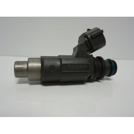 (Suzuki DF60 - DF70 1998 to 2009 4 Fuel injectors Part # 15710-66D00 CDH166)