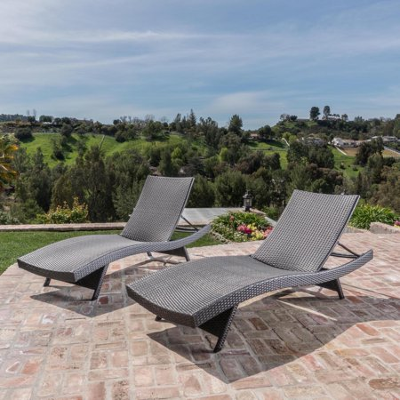 Salem Outdoor Wicker Chaise Lounge Chair - Set of 2 ()