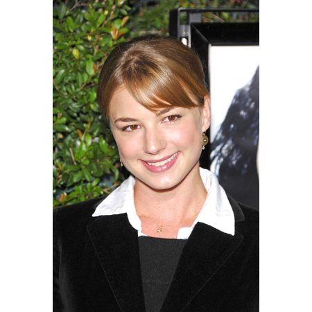 Emily Vancamp At Arrivals For Things We Lost In The Fire LA Premiere MannS Egyptian Theater Los Angeles Ca October 15 2007 Photo By Michael GermanaEverett Collection (Cool Things To See In Los Angeles)