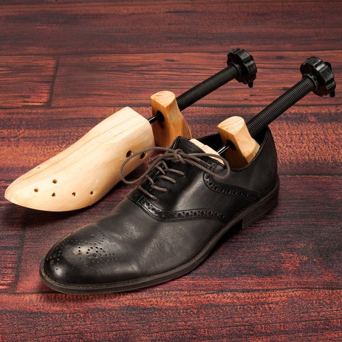 Bluestone 2-Way Shoe Stretchers, Men's Set of 2
