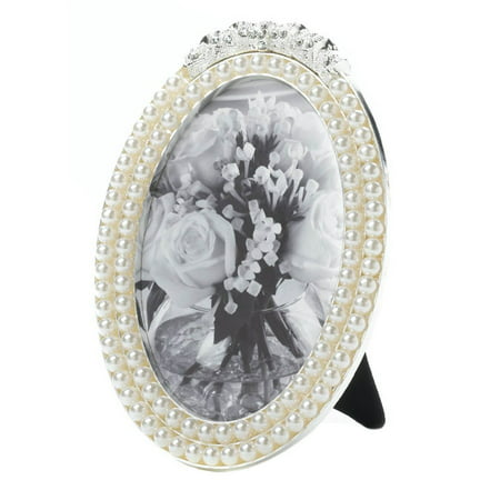 - Strands Of Pearl Photo Frame 4 X 6 (pack of 1 EA), This oval picture frame fits a 4x6 photo. By Home Locomotion from USA (Fits 4x6 Photo)