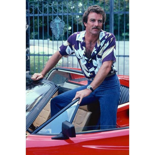 Tom Selleck Ferrari 308 Classic Magnum 24x36 Poster Walmart Com Walmart Com