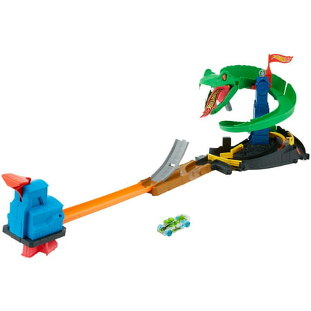 Hot Wheels City Cobra Crush Play Set (Party City Hot Wheels)