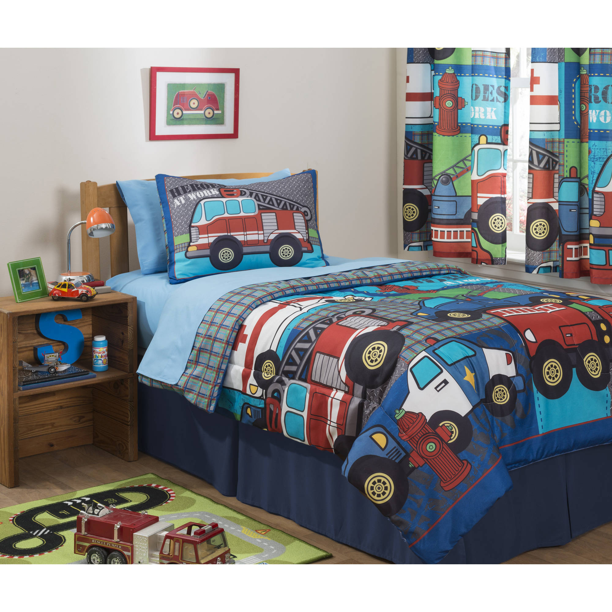 Mainstays Kids Heroes at Work Bed in a Bag Bedding Set