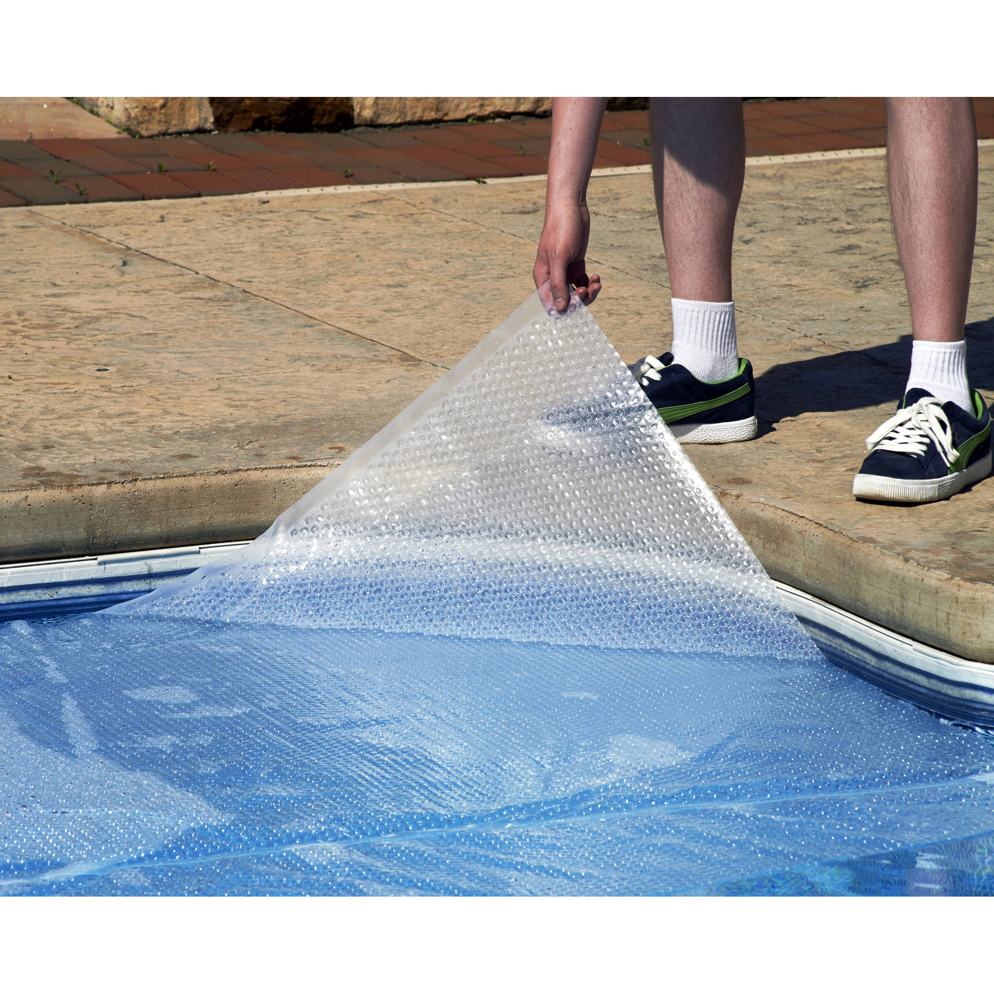 Blue Wave Magni-Clear Solar Blanket for Above Ground Pools, Clear, 16' x 32' Oval