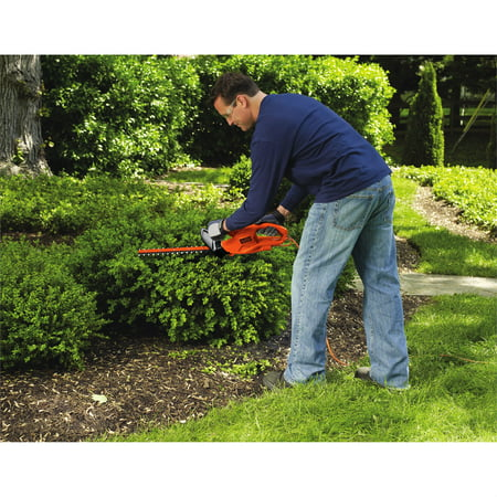 "BLACK+DECKER TR116 16"" 3 Amp Electric Hedge Trimmer"