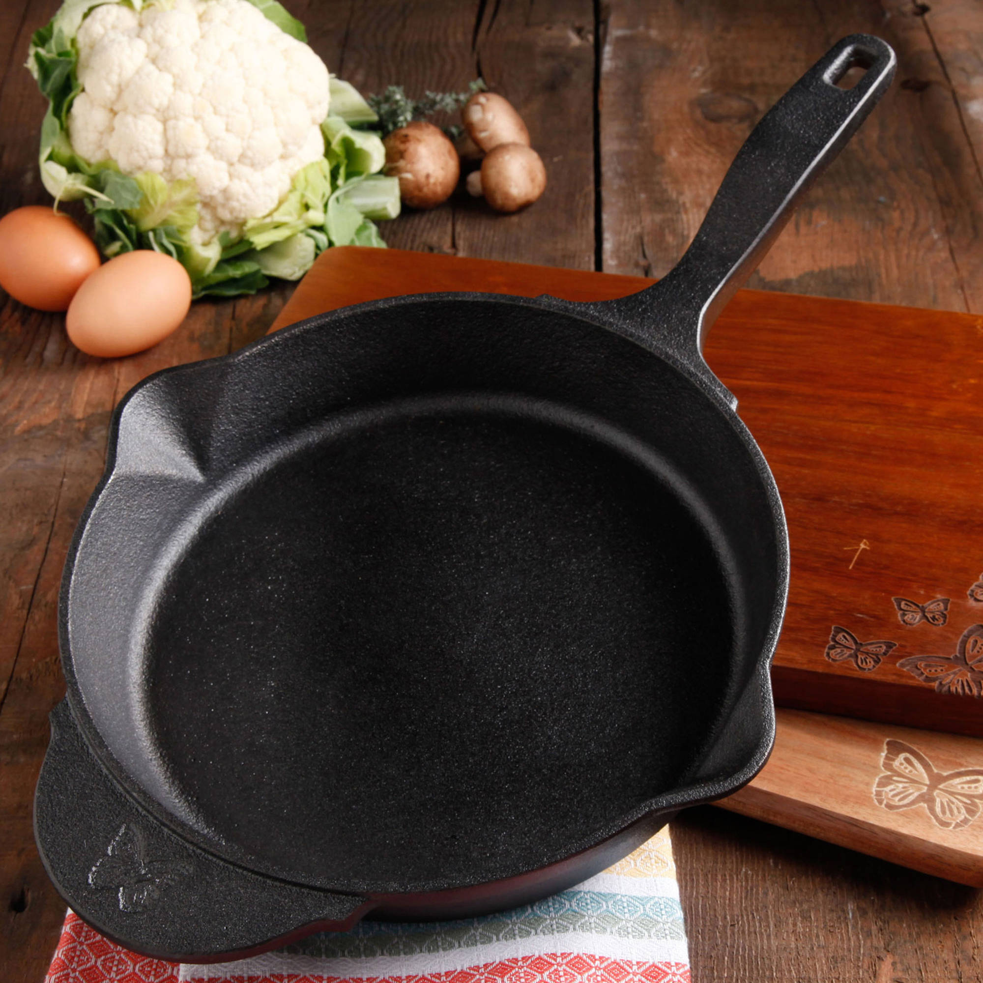 "The Pioneer Woman Timeless Cast Iron 12"" Pre-Seasoned Skillet with Helper Handle, Black"