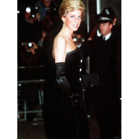 Princess Diana at the Royal Premiere of Dangerous Liaisons in London March 1989 Print Wall Art