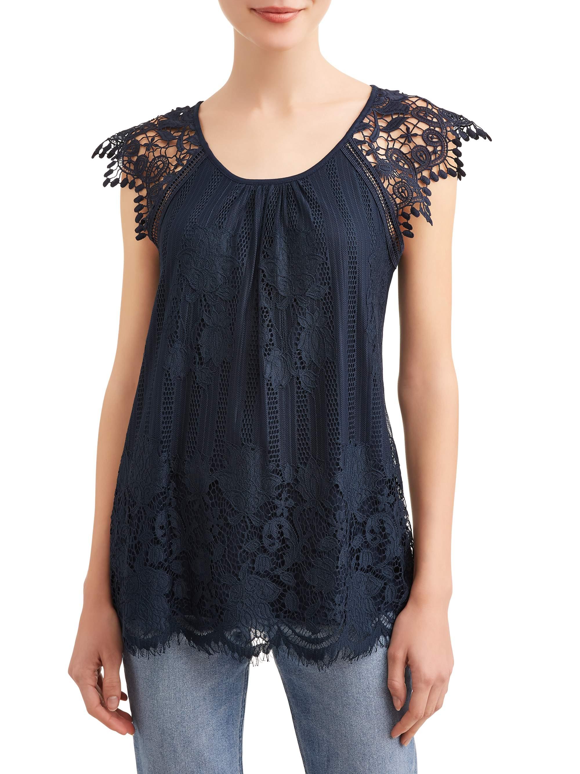 Juniors' Crochet Lace Trim Flutter Sleeve Blouse