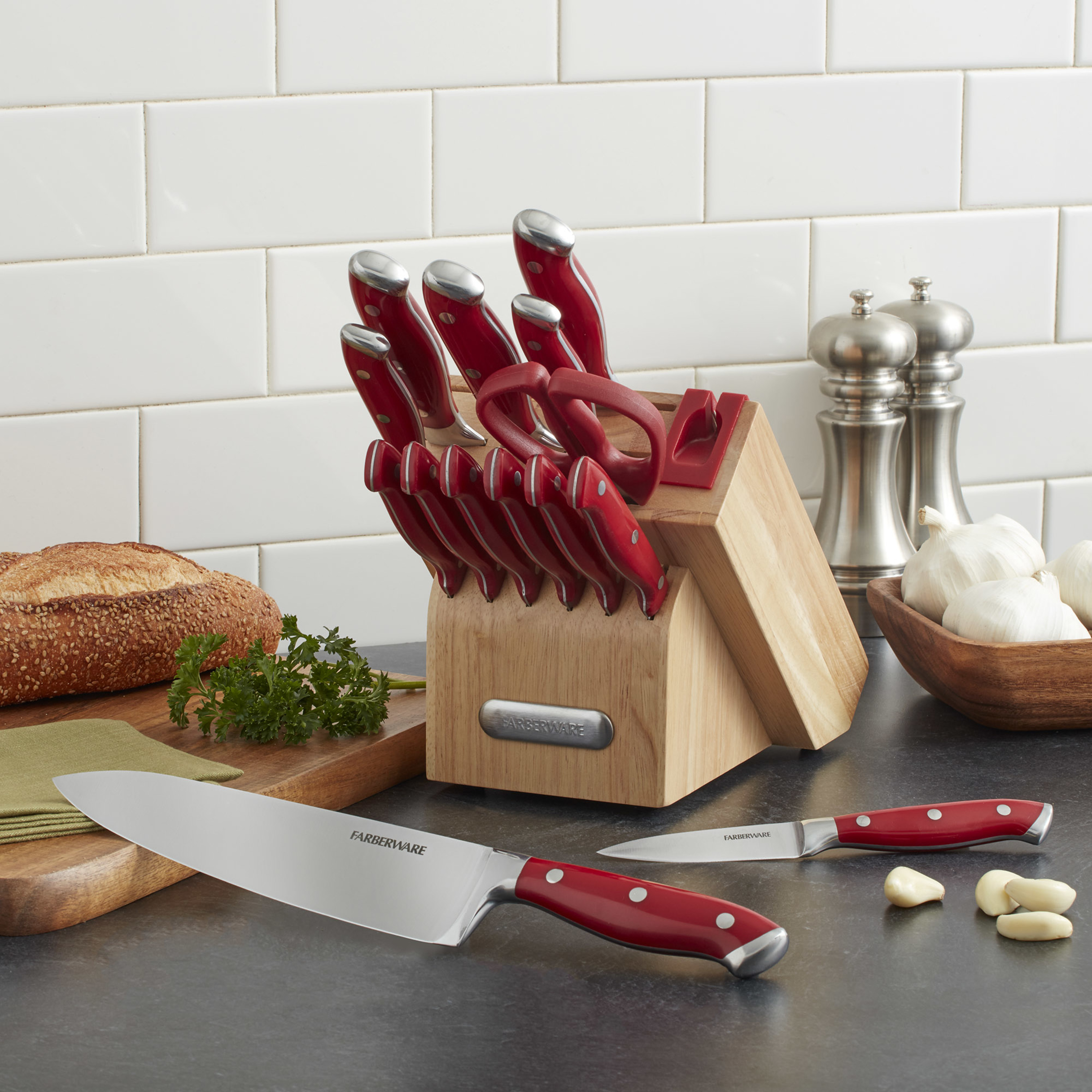 Click here to buy Farberware Edgekeeper 15-Piece Forged Triple-Riveted Knife Set by Lifetime Brands.