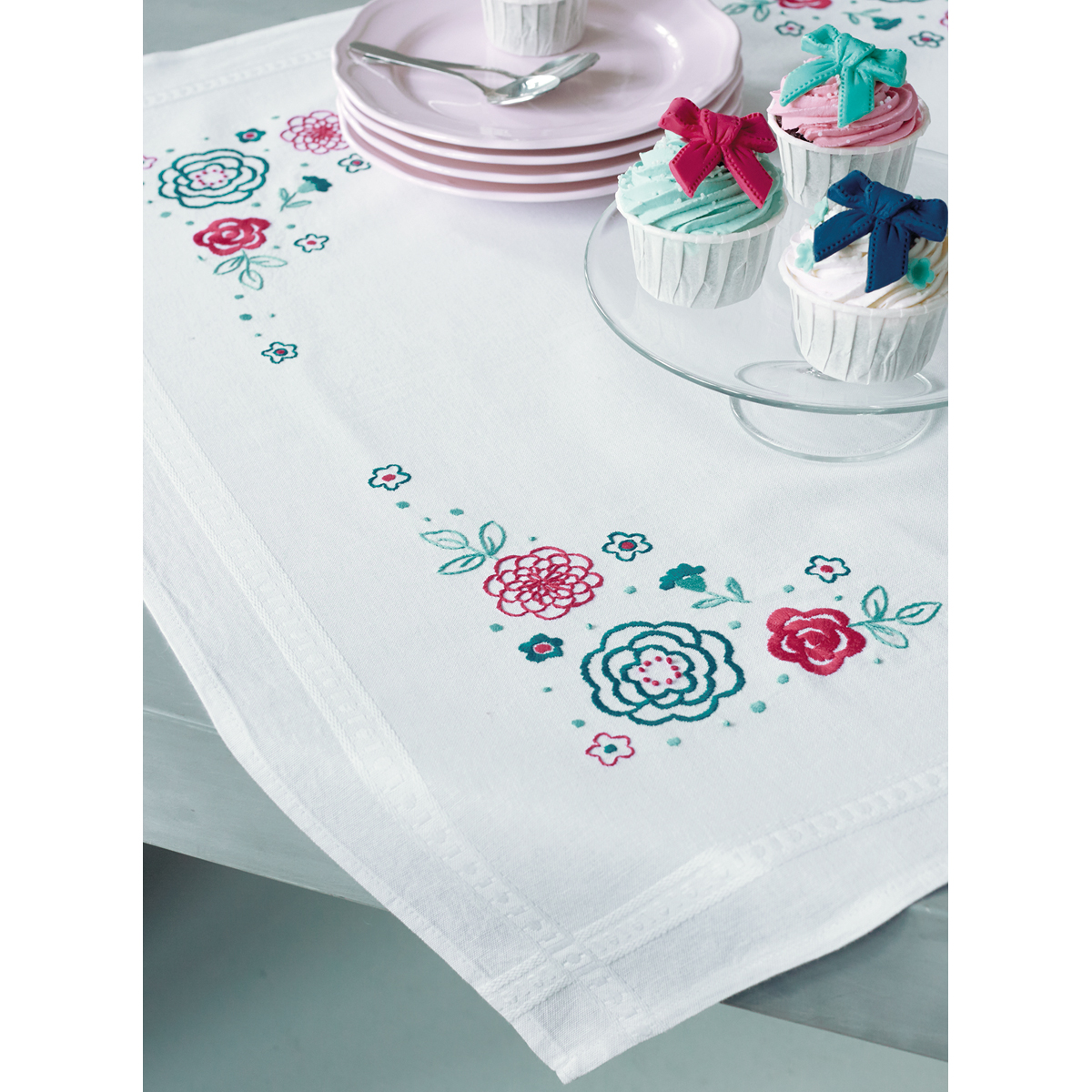 "Modern Flowers Tablecloth Stamped Embroidery Kit-32""X32"""