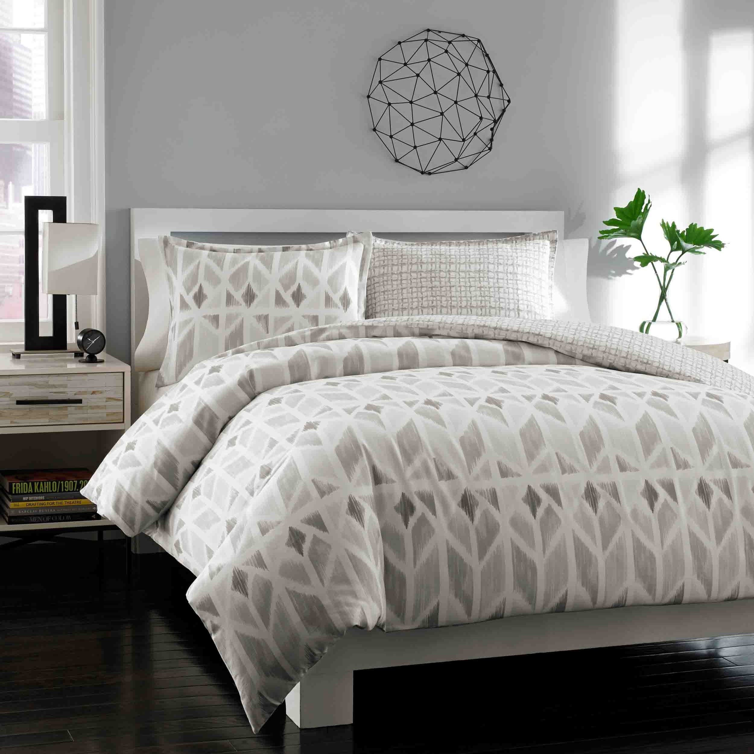 City Scene Grayson Grey Duvet Cover Set, Full/Queen