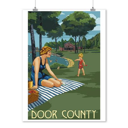 Door County, Wisconsin - Lake & Picnic Scene - Lantern Press Artwork (9x12 Art Print, Wall Decor Travel Poster)