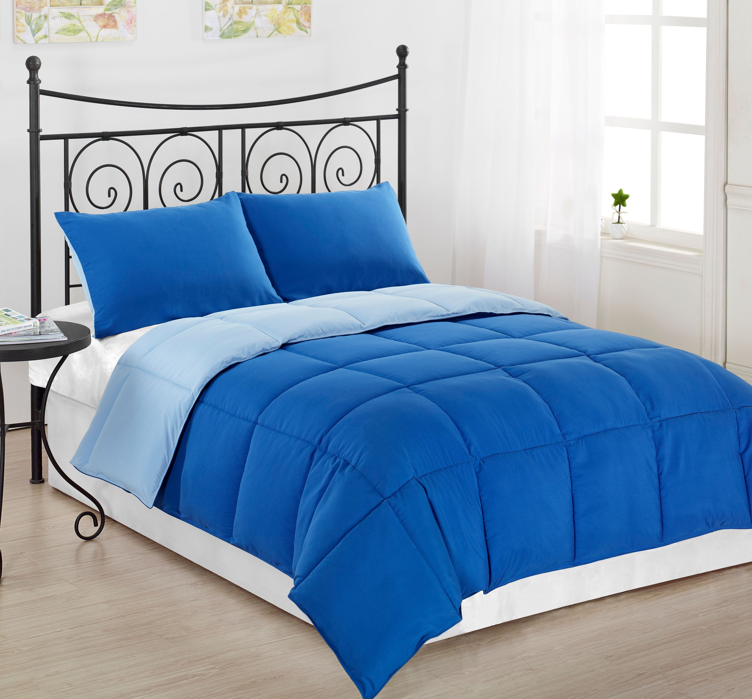 Reversible 2pc TWIN Size Down Alternative Comforter set Royal Blue/Light Blue Bed Cover