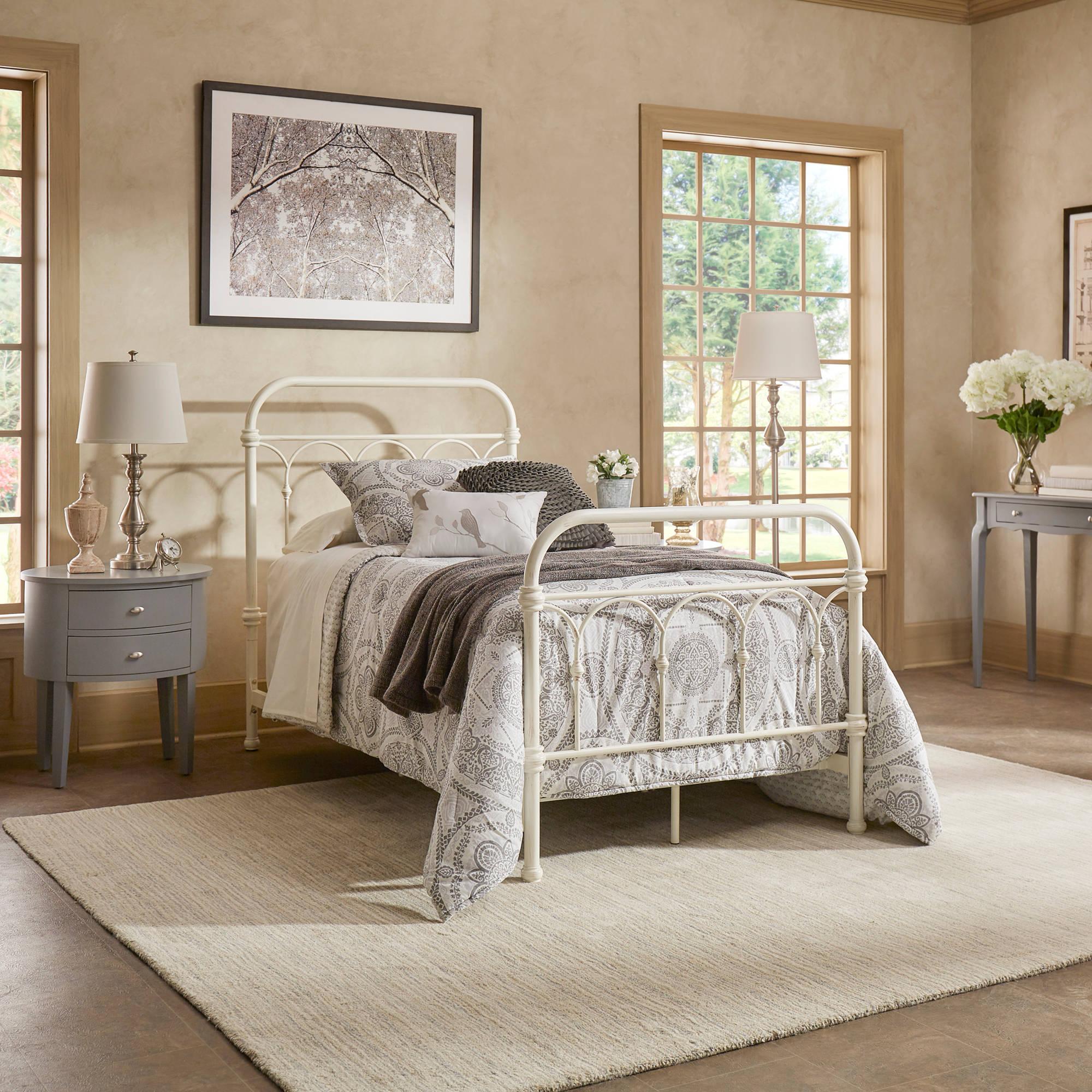 Chelsea Lane Abingdon Metal Bed, Multiple Sizes