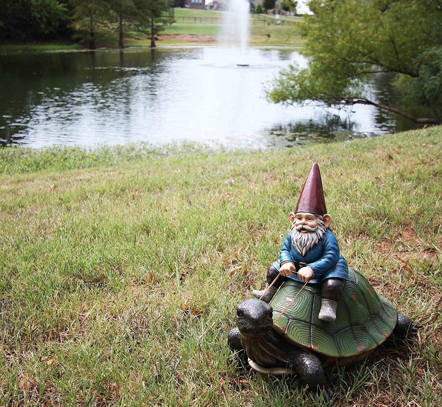 "Gnome In Garden: Collectibles Large 17.25"" Long Whimsical Travelling Mr"