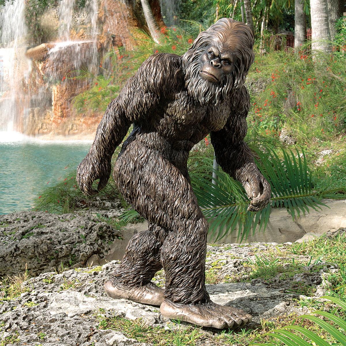 Design Toscano Bigfoot, the Garden Yeti Statue: Medium by Design Toscano