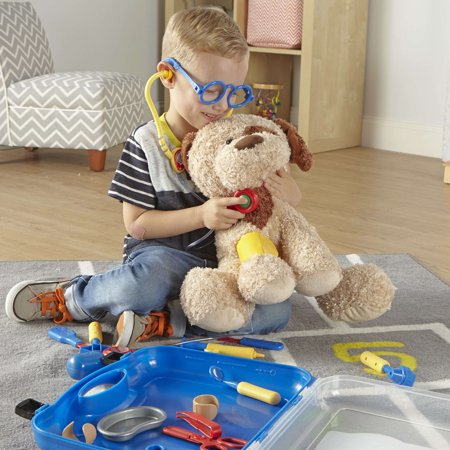 Learning Resources Pretend & Play Doctor Set, 19 Pieces, Blue - image 2 de 5