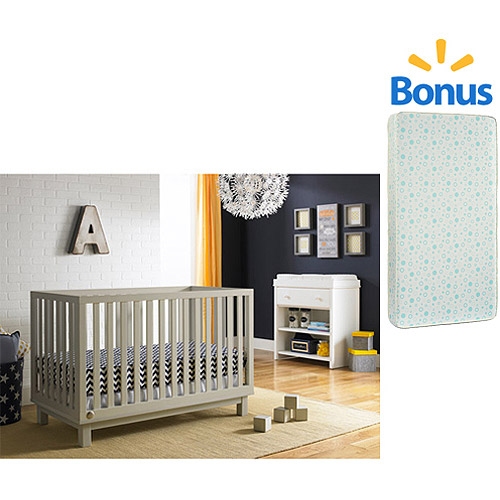 Fisher-Price Riley 3 in 1 Convertible Crib and Mattress Value Bundle