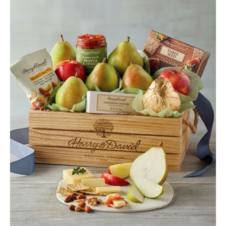 Harry & David Deluxe Signature Fruit, Nut, Cheese, and Pepper & Onion Relish Gift Basket