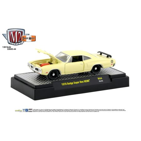 M2 Machines 1:64 Detroit Muscle Release 44 1970 Dodge Super Bee HEMI Cream