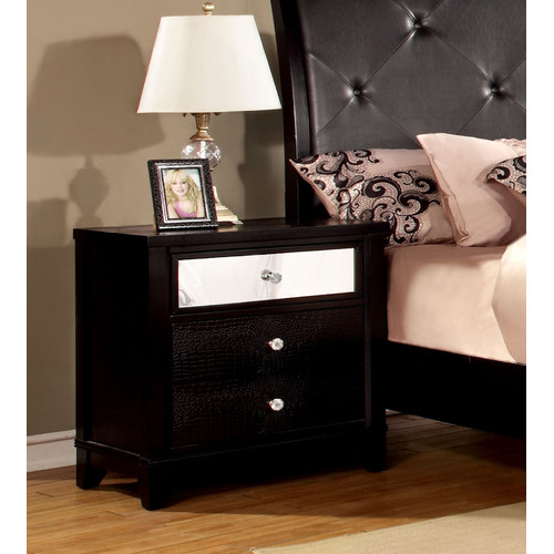 Hokku Designs Aeline 3 Drawer Nightstand