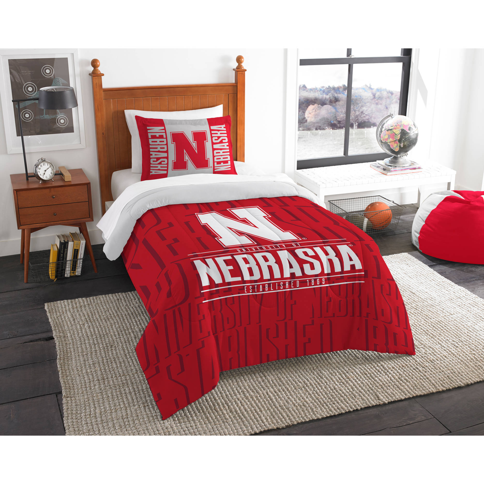 "NCAA Nebraska Cornhuskers ""Modern Take"" Bedding Comforter Set"