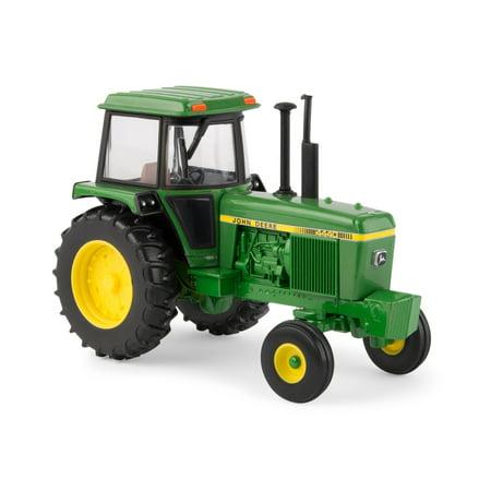 (1:32 John Deere 4440 Tractor)