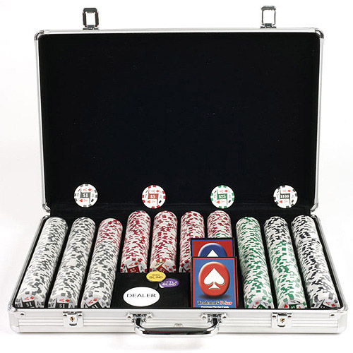 Trademark Poker 650pc 11.5g 4 Aces Chips with Executive Aluminum Case