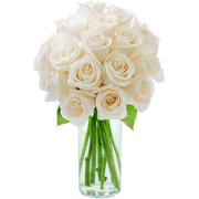 Arabella Farm Direct Bouquet of 18 Fresh Cut White Roses with a Free Glass Vase