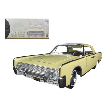 - 1961 Lincoln Continental Yellow 1/18 Diecast Model Car by Road Signature