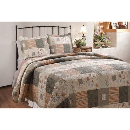 Click here to buy Global Trends Cinnamon Spice Reversible Quilt Set.