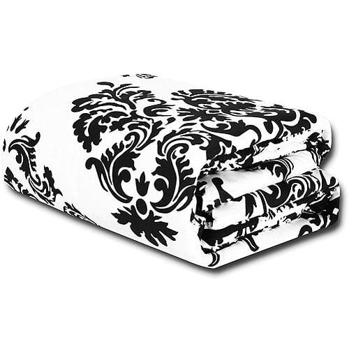 Classic Noir Reversible Comforter Set