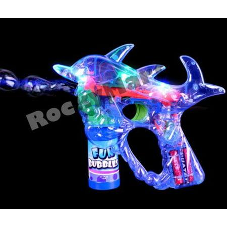 Flashing Bubble Gun (Dolphin Bubble Blaster Blower Gun W/ Flashing LED Lights Outdoors Fun)