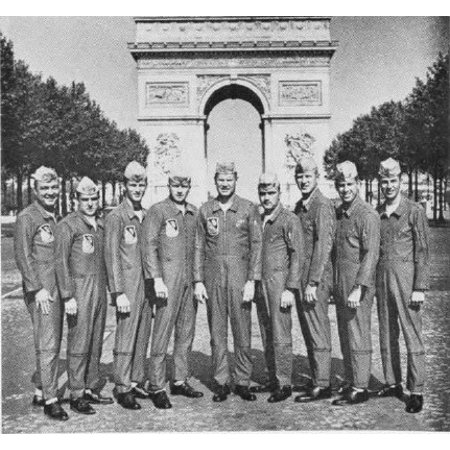 Canvas Print The U.S. Navy flight demonstration team Blue Angels 1967 team in front of the Arc de Triomphe in Par Stretched Canvas 10 x 14