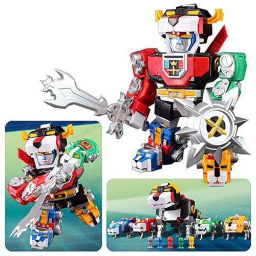 Voltron Altimite DX Transformable Action Figure
