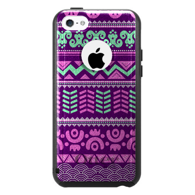 DistinctInk™ Custom Black OtterBox Commuter Series Case for Apple iPhone 5C - Pink Green Aztec Tribal