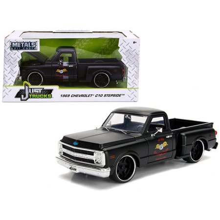 JADA 1:24 W/B - METALS - JUST TRUCKS - 1969 CHEVROLET C10 STEPSIDE (MATTE BLACK) - GARAGE NUTS 99397-MJ