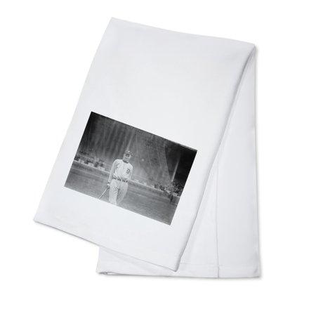 - Ty Cobb Leaning on Bat Baseball Photograph (100% Cotton Kitchen Towel)