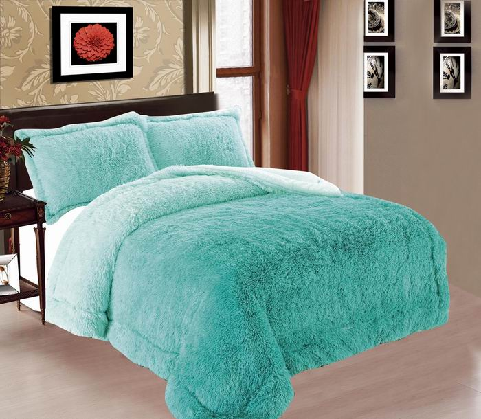 Shades Queen Size 3-Piece Burrego Fur Reversible Blanket
