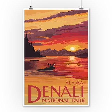 Denali Moose (Denali National Park, Alaska - Moose at Sunset - Lantern Press Artwork (9x12 Art Print, Wall Decor Travel Poster) )