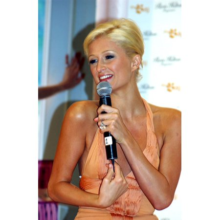Paris Hilton At The Press Conference For Launch Event For Paris Hilton For Men Perfume Fragrance The Bay On Queen Street Toronto On September 01 2005 Photo By Tom SandlerEverett - Halloween Events Toronto