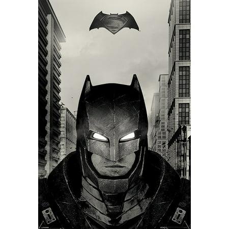 Movie Quality Batman Suit (Batman Vs. Superman: Dawn Of Justice - Movie Poster / Print Set (Batman - Battle Armor / Suit) (Size: 24
