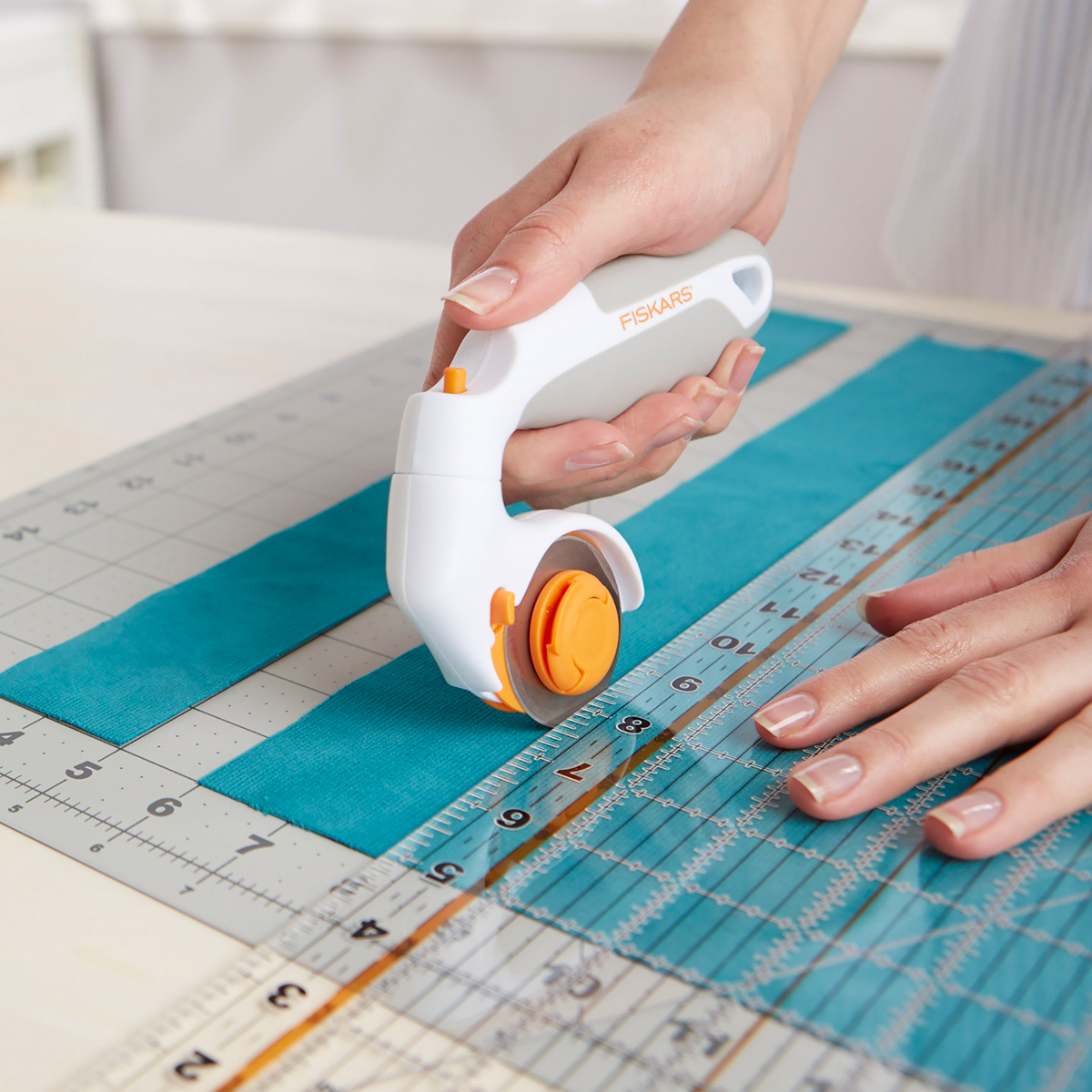 Adjustable Handle Rotary Cutter, 45mm