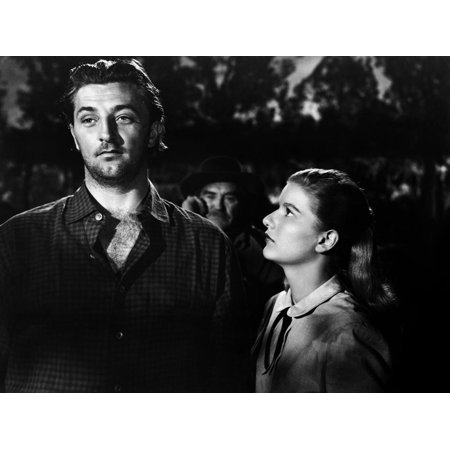 Ciel rouge BLOOD ON THE MOON by Robert Wise with Robert Mitchum and Barbara Bel Geddes, 1948 (b/w p Print Wall Art