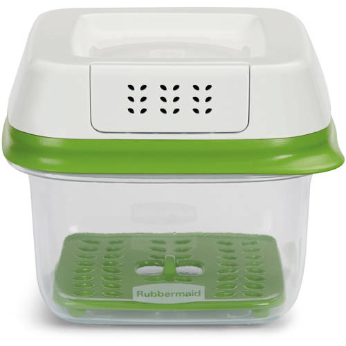 Rubbermaid FreshWorks 2.5-Cup Small Produce Saver, Green
